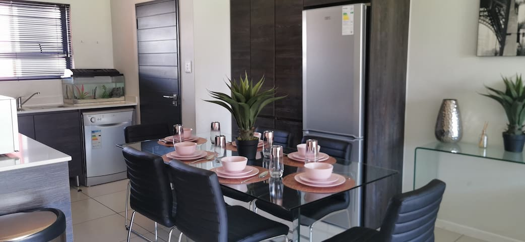 Fourways TEASA Luxury - Family,Couples& Friends