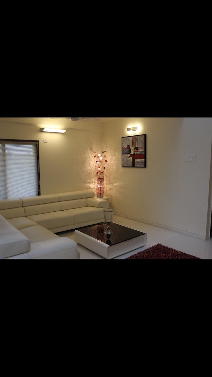 Candy Floors, Villa for rent, 3 BHK Bungalow