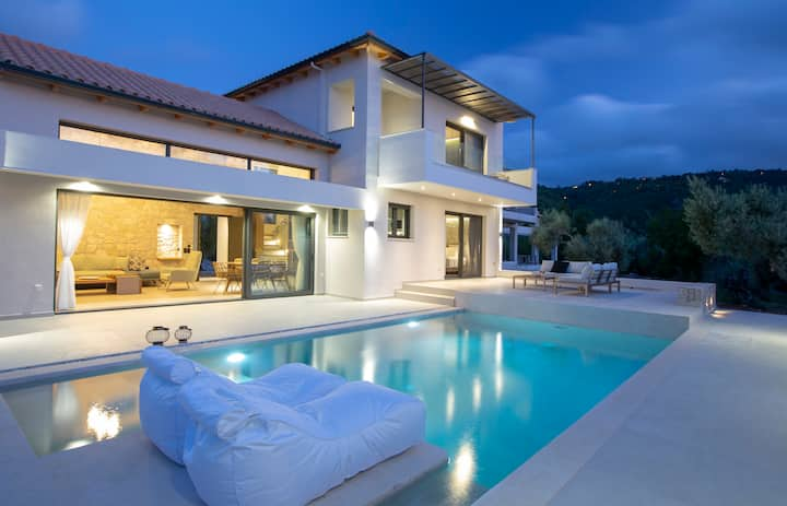 Brand New Villa Olive only 800m from the amazing Ai Giannis beach