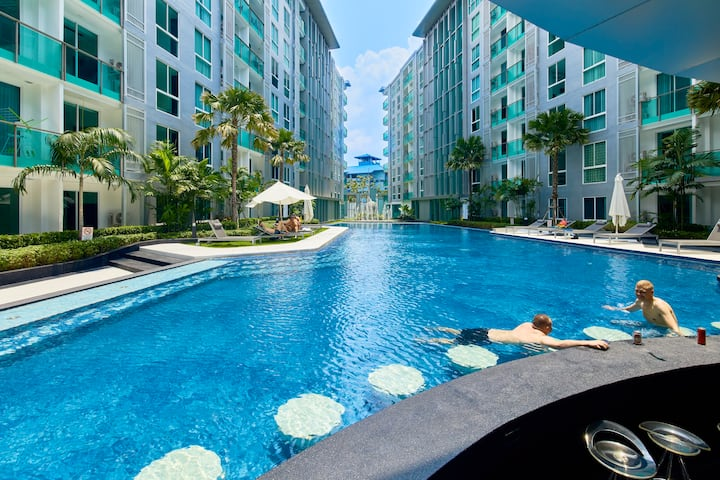 City Center Residence-Pool View!!!