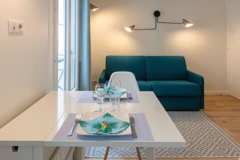 Refurbished flat, central Haut Marais
