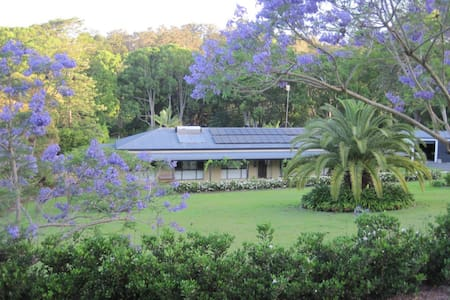 Gold Coast Hinterland Retreat - Tallebudgera Valley