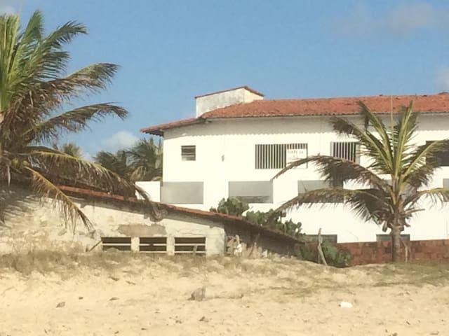 Beach House. Suite em praia.  Suite na praia.
