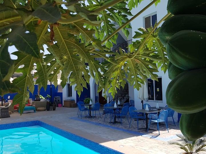 Camara Gardens Apartments with Pool 1/4 Gambia