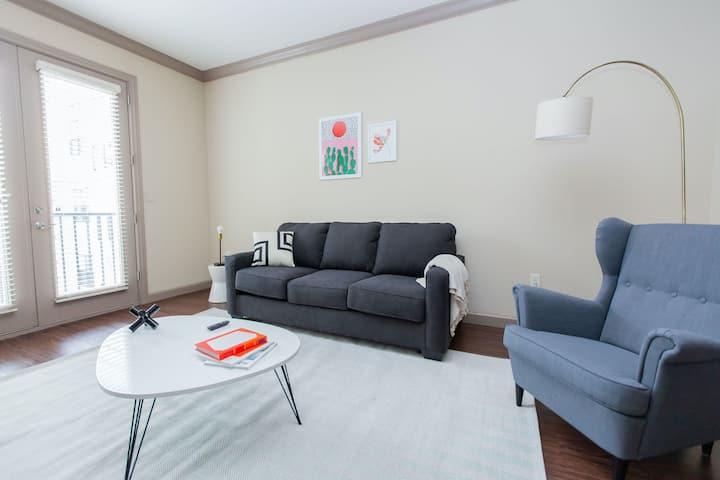 Kasa | St. Louis | Designer 1BD/1BA Central West End Apartment