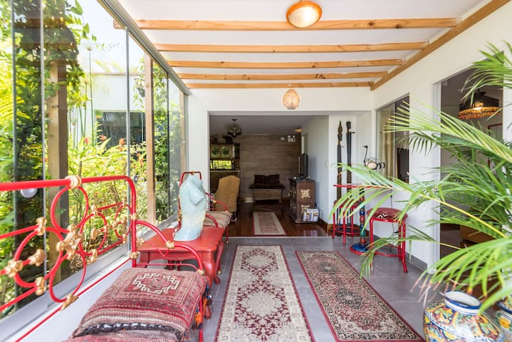 PERFECT NEW APARTMENT AWAY FROM HOME IN MIRAFLORES