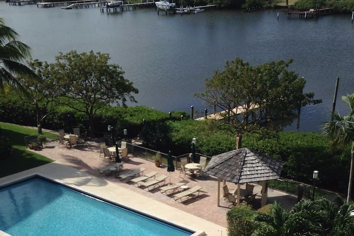 Waterfront S Palm Beach Condo