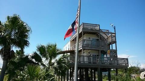 Captains Quarters San Leon Texas