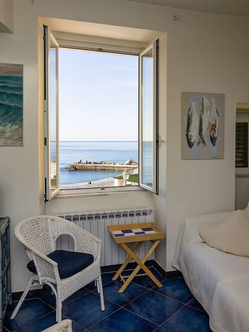 Il mare dalla finestra