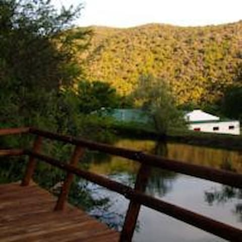 Luxury Waterfront Mountain View Cabin@Old Mill