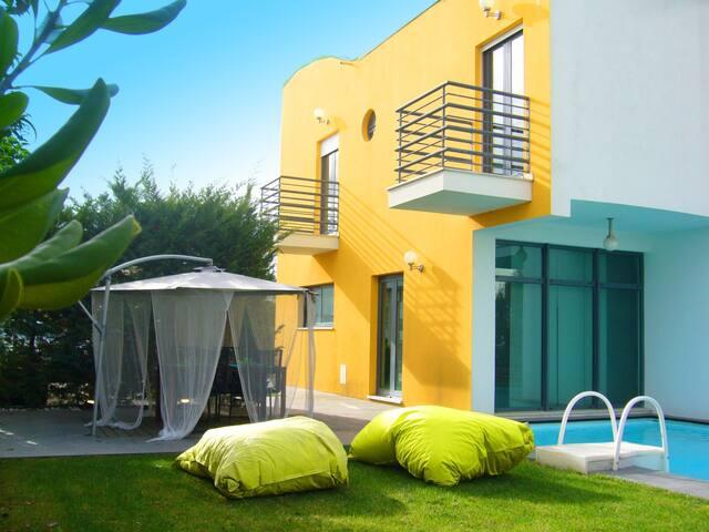Villa w/ private swimming pool - Palmela - วิลล่า