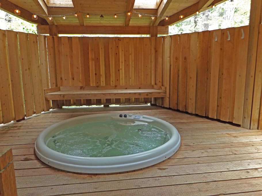 Rooms To Rent With Hot Tub