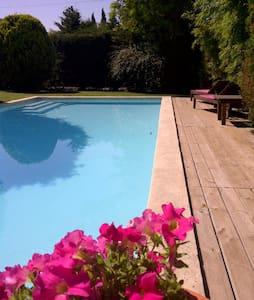 Villa en location à Velaux (13) - Velaux