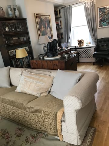 Single room allies house