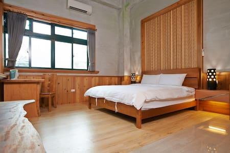 閒舒居-礁溪溫泉獨立套房(距離湯圍溝5分鐘) - Jiaoxi Township - Hus