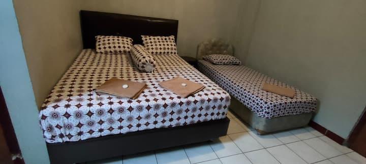 Comfy Family Superior at Hotel Prambanan Malioboro