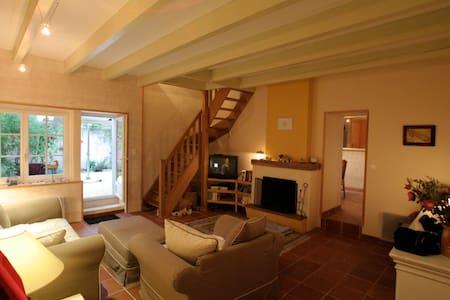 Confortable maison de charme 130 M2 - Loix - Villa