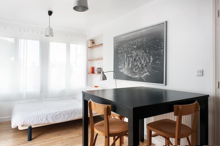 Charmant studio avec terrasse privée au sud