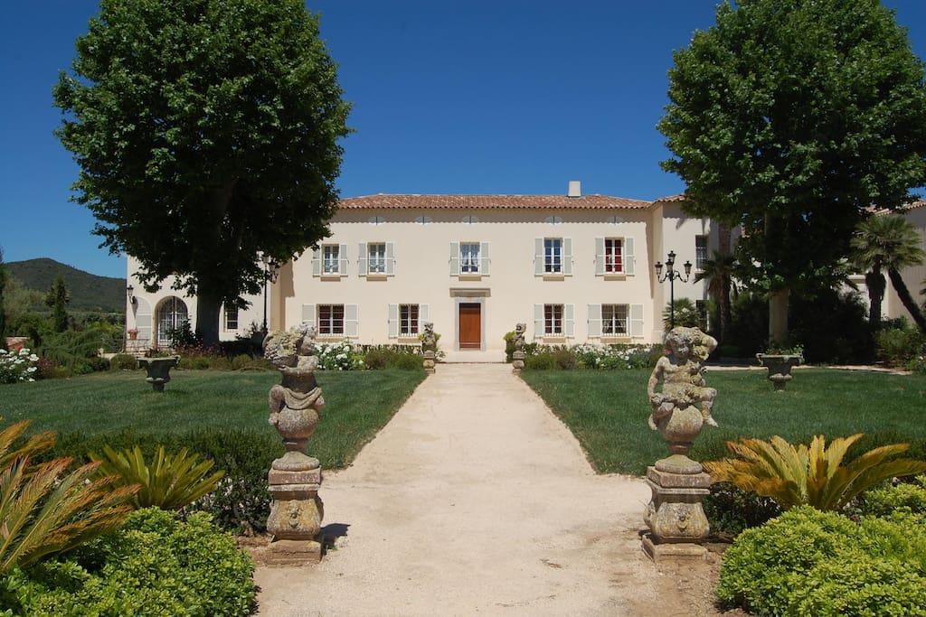 Victoria 2 Appartement Au Chateau De La Clapiere Apartments For Rent In Hy 232 Res Provence Alpes