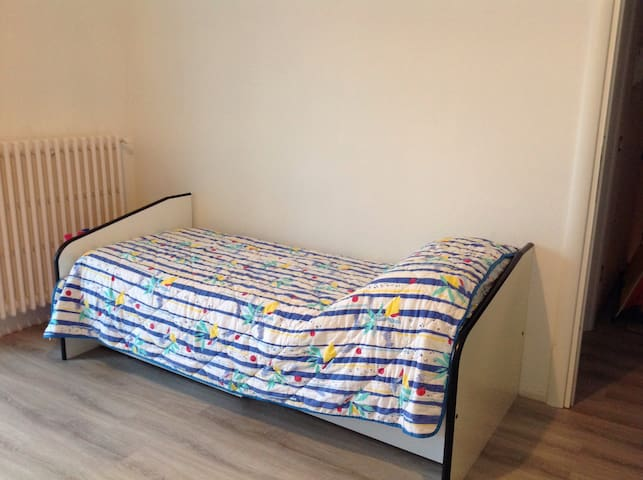 Single room - Santo Stefano Ticino - Hus