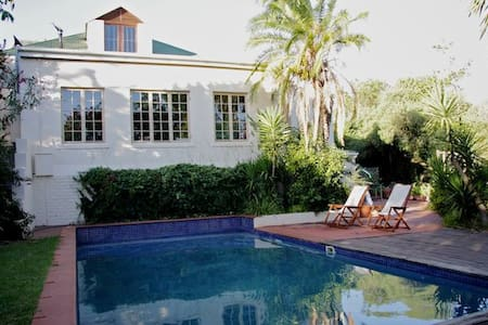 Spacious Self-catering Apartment, Winelands - Cape Town