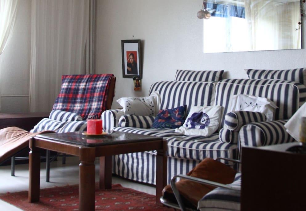 zimmer in hamburg schnelsen apartments for rent in hamburg hamburg germany. Black Bedroom Furniture Sets. Home Design Ideas