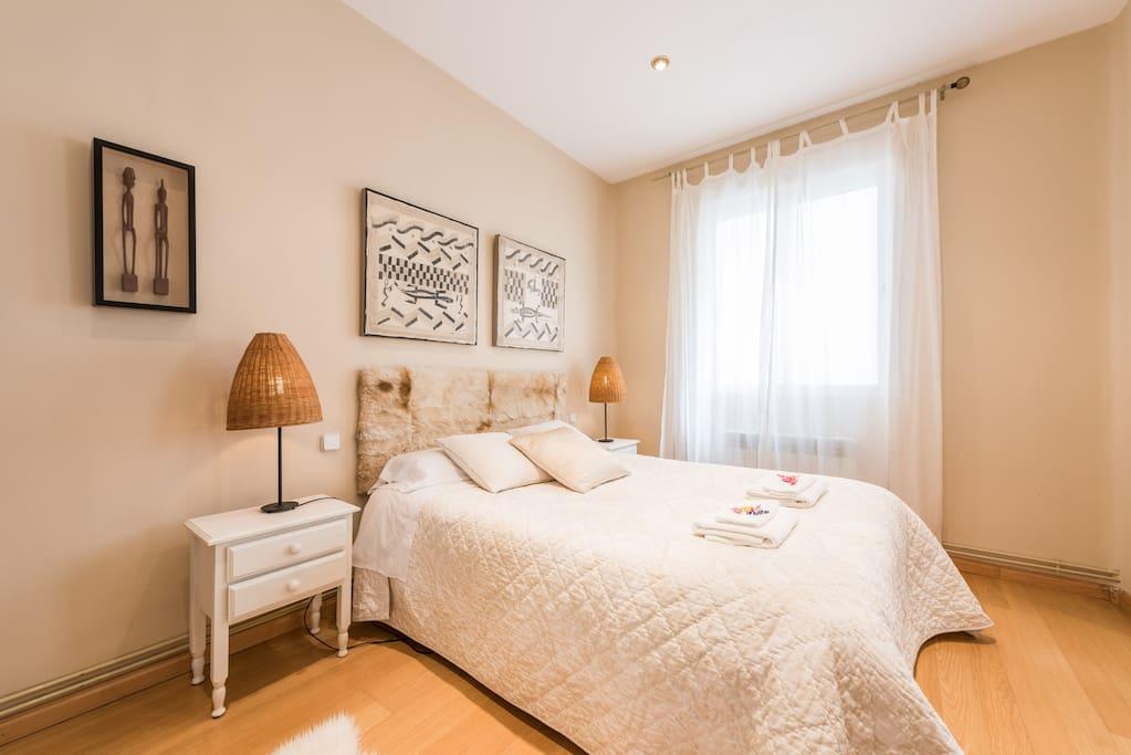 Apartamento centro 3 habitaciones appartements louer for Habitaciones en madrid
