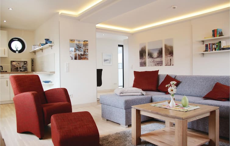 Holiday apartment with 1 bedroom on 54m² in Prora/Rügen