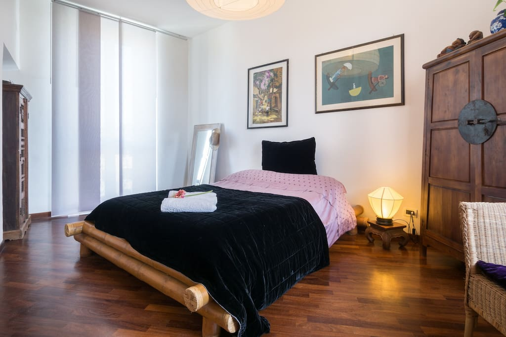 Your room with a distinct Oriental touch... minimalistic and peaceful