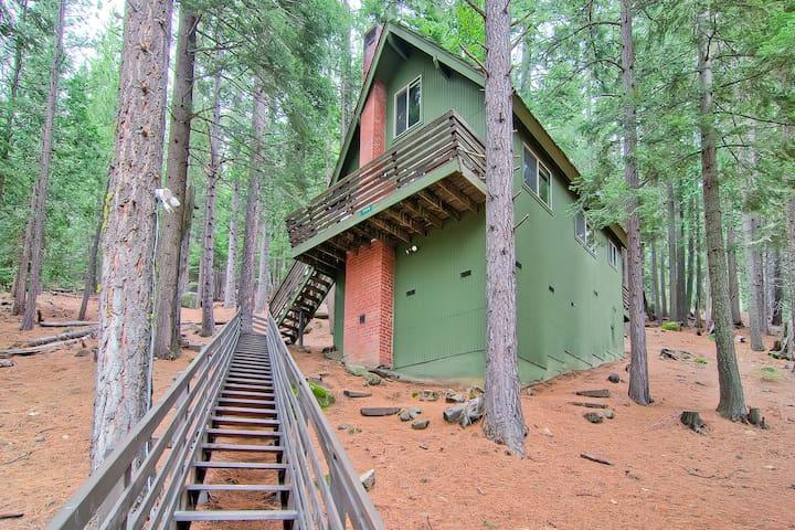 Hawks Nest Lodge