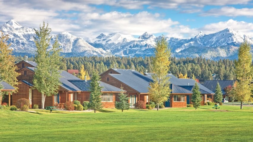 Experience the great outdoors with Pagosa Springs!