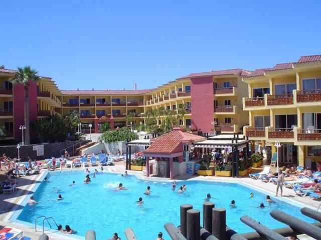 Hotel club marina tenerife appartamenti in affitto a for Appartamenti affitto tenerife