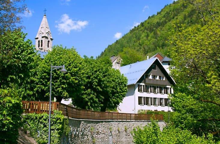 Summer B&B near Alpe d'Huez - Oz en Oisans - Bed & Breakfast