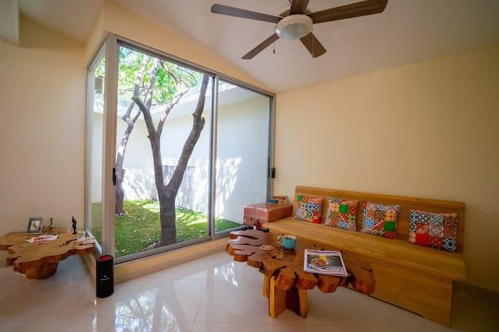 Casa Karambola: SurfSide RiverFront Community