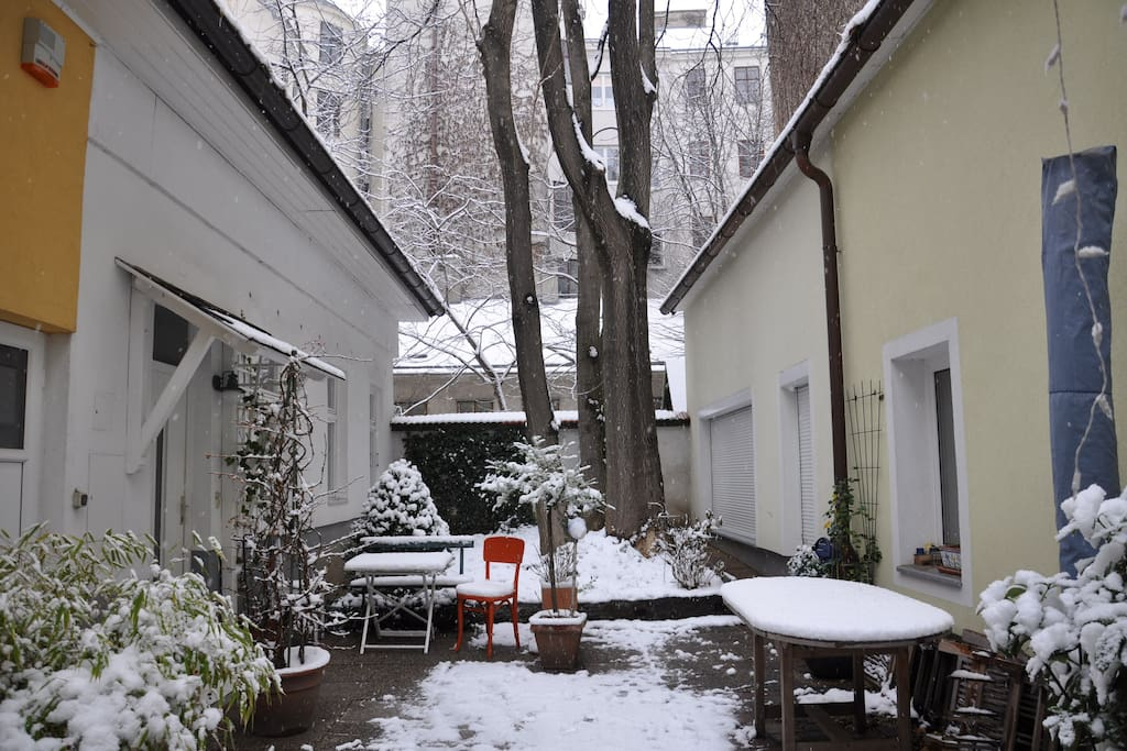 Wintertime in the Romantic Cottage..near to all the christmas markets