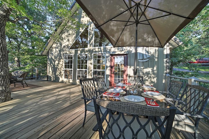 Lakefront Eucha House w/Large Deck & Private Dock!