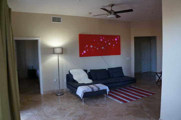 Master private bed and bath on the strip - Las Vegas - Appartement