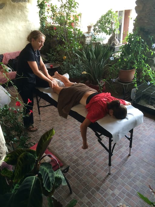 On site professional sports massage can be provided ( please state at time of booking ) 45€ - 65€ .