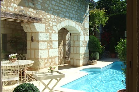 PRES DE BEAUVAL ET CHATEAUX - Lye - Bed & Breakfast