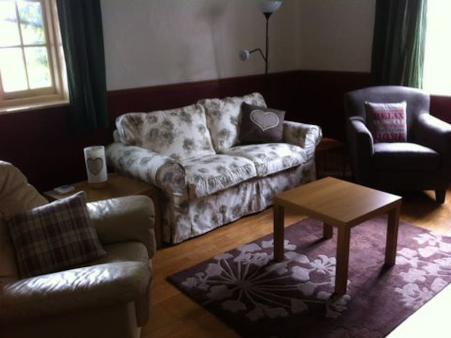 Lounge Room with open fire, flat screen TV, DVD player, High Speed Internet via Cat-5 cable or WiFi.