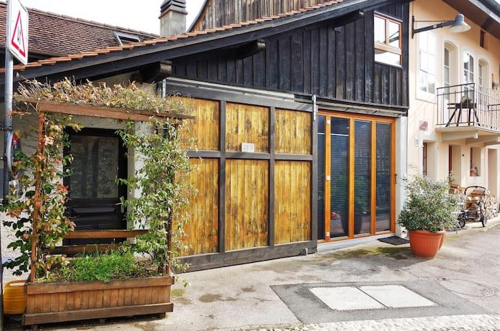 Petite maison de ville - Moudon - Chalet