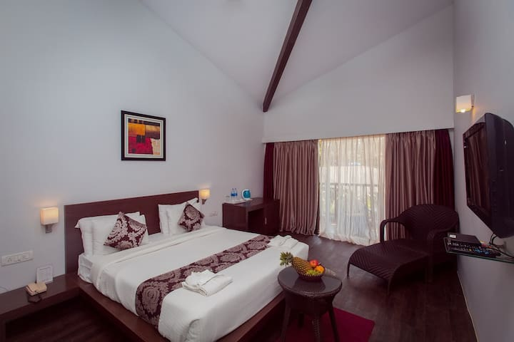 Luxury private room with a balcony in Mandrem - Goa - Bed & Breakfast