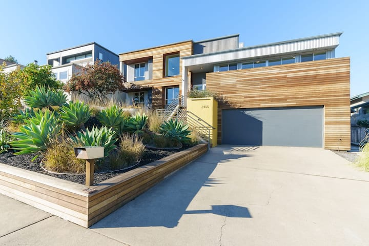 SLO Modern View Home 1 Mile from Town!