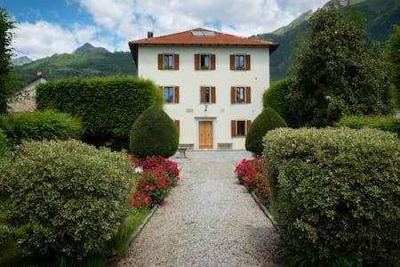 La tua casa alle pendici delle Dolomiti