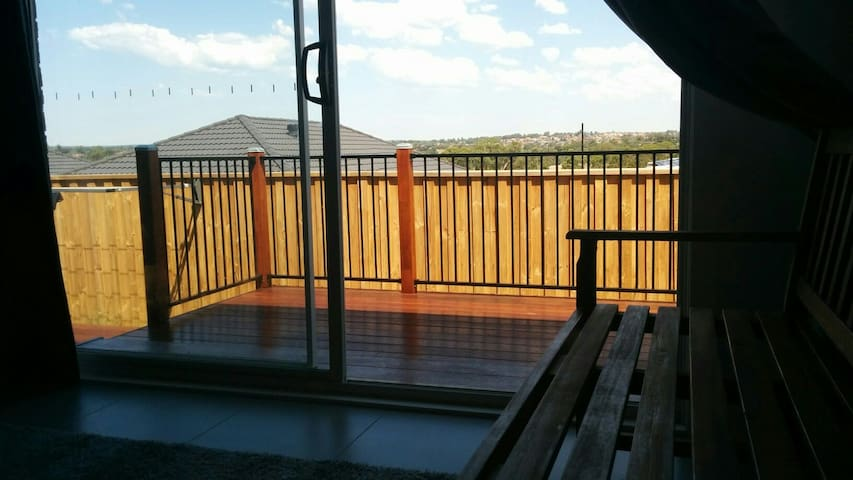 Newprivate entire GrannyFlat Sydney - Campbelltown - Huis
