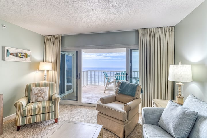4th Floor Quiet, Gulf Front Condo w/ Views, Close To Entertainment
