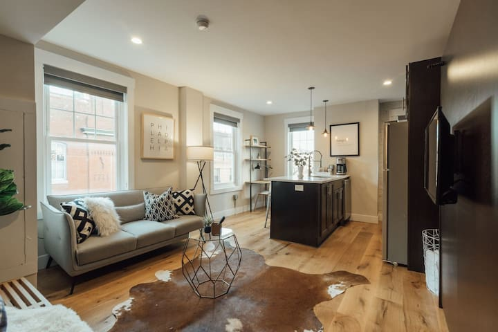 Abode | Rittenhouse Square | Parkside Pied-a-Terre