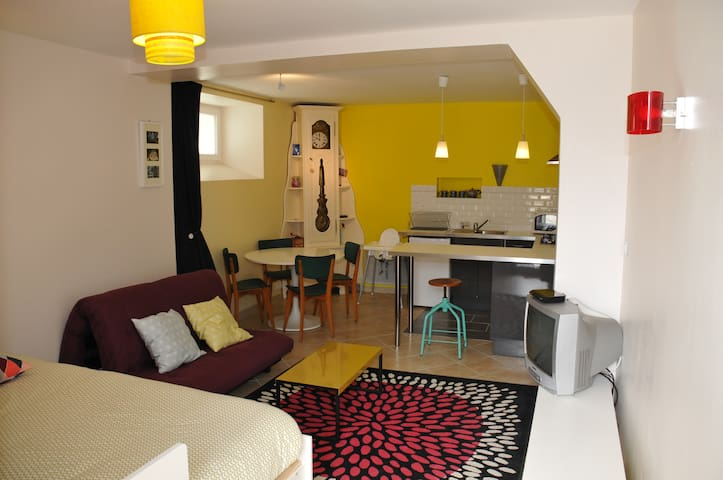 Petit studio meublé en bord de mer - Douarnenez - Flat