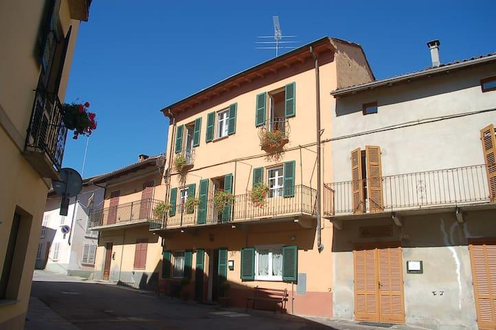 Casa Regina Vacation House - Refrancore - Casa
