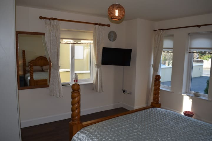 Town centre modern 1 bed apt - Killarney - Byt